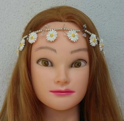 daisy crown b